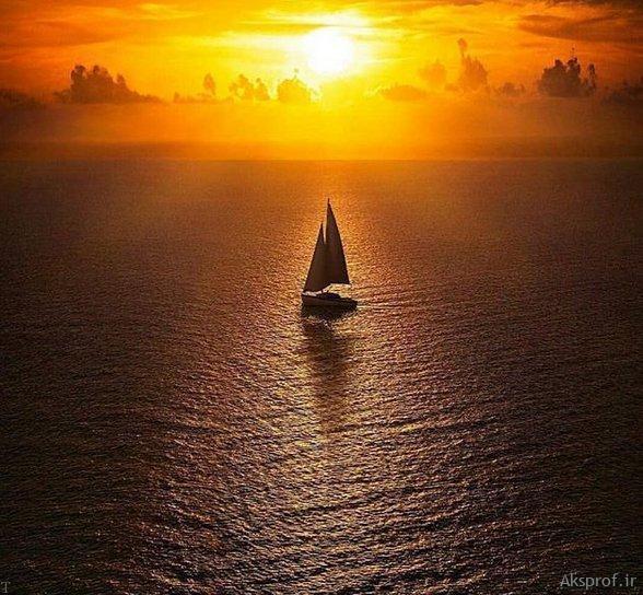 عکس غروب آفتاب غمگین قایق